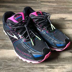 Brooks Glycerin 12 Black Running Shoes